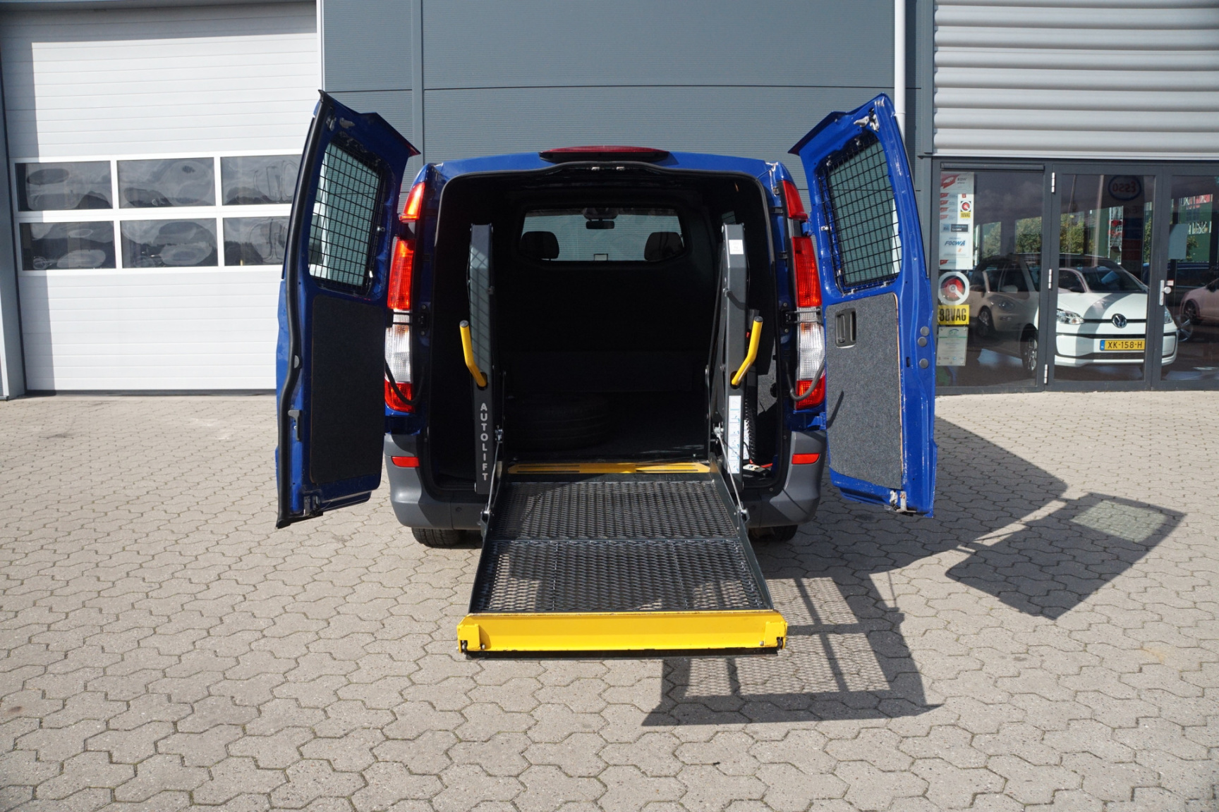 Mercedes-Benz-Vito-14