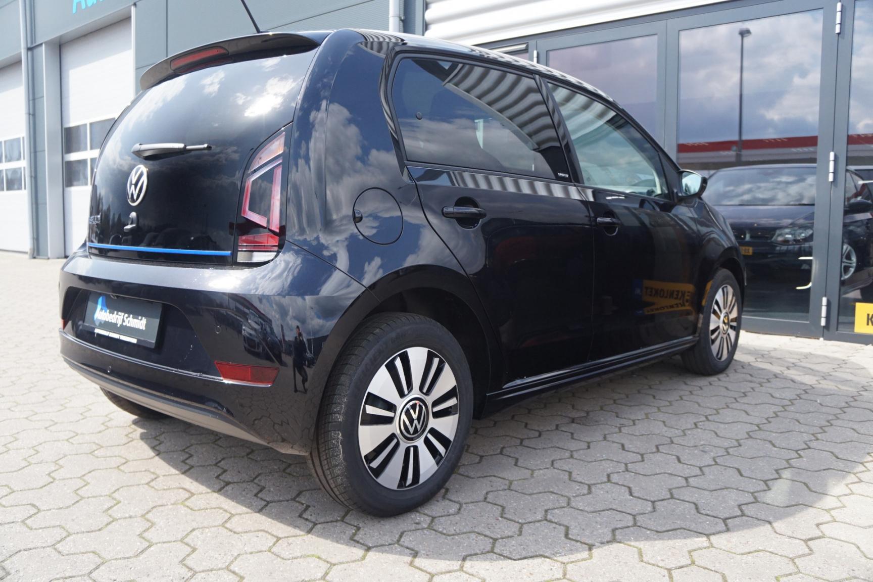 Volkswagen-e-Up!-9