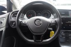 Volkswagen-Golf-12