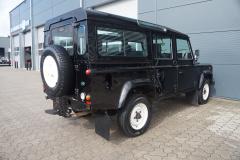 Land Rover-Defender-17