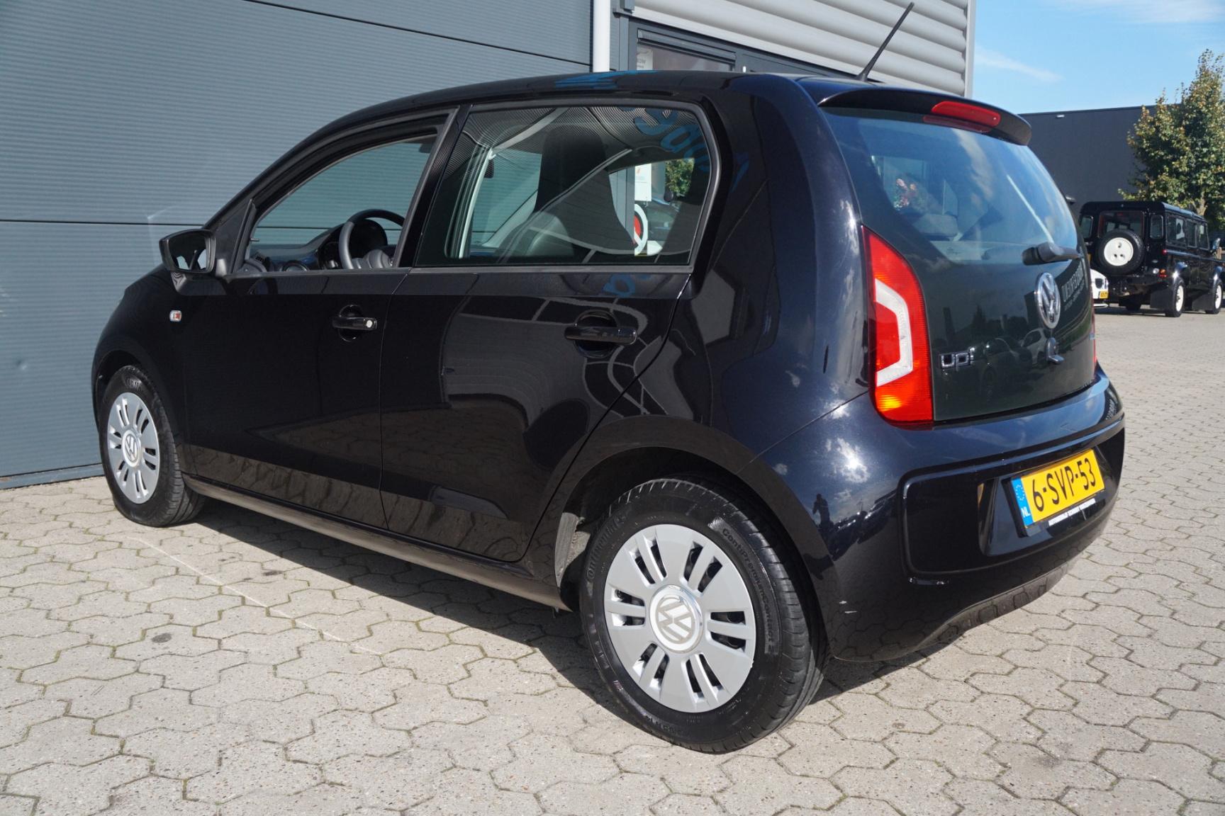 Volkswagen-up!-20