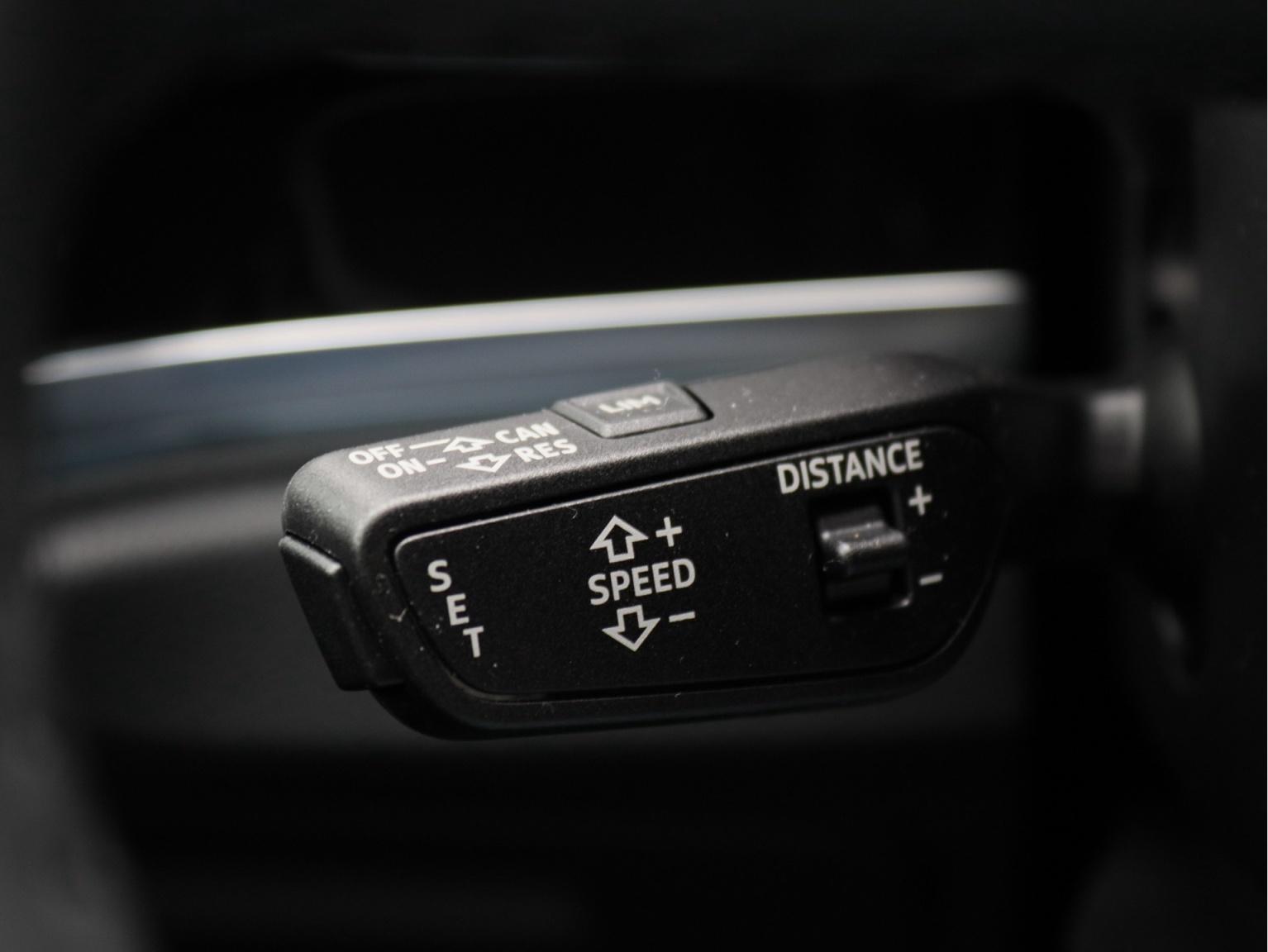 Audi-Q3 Sportback-30