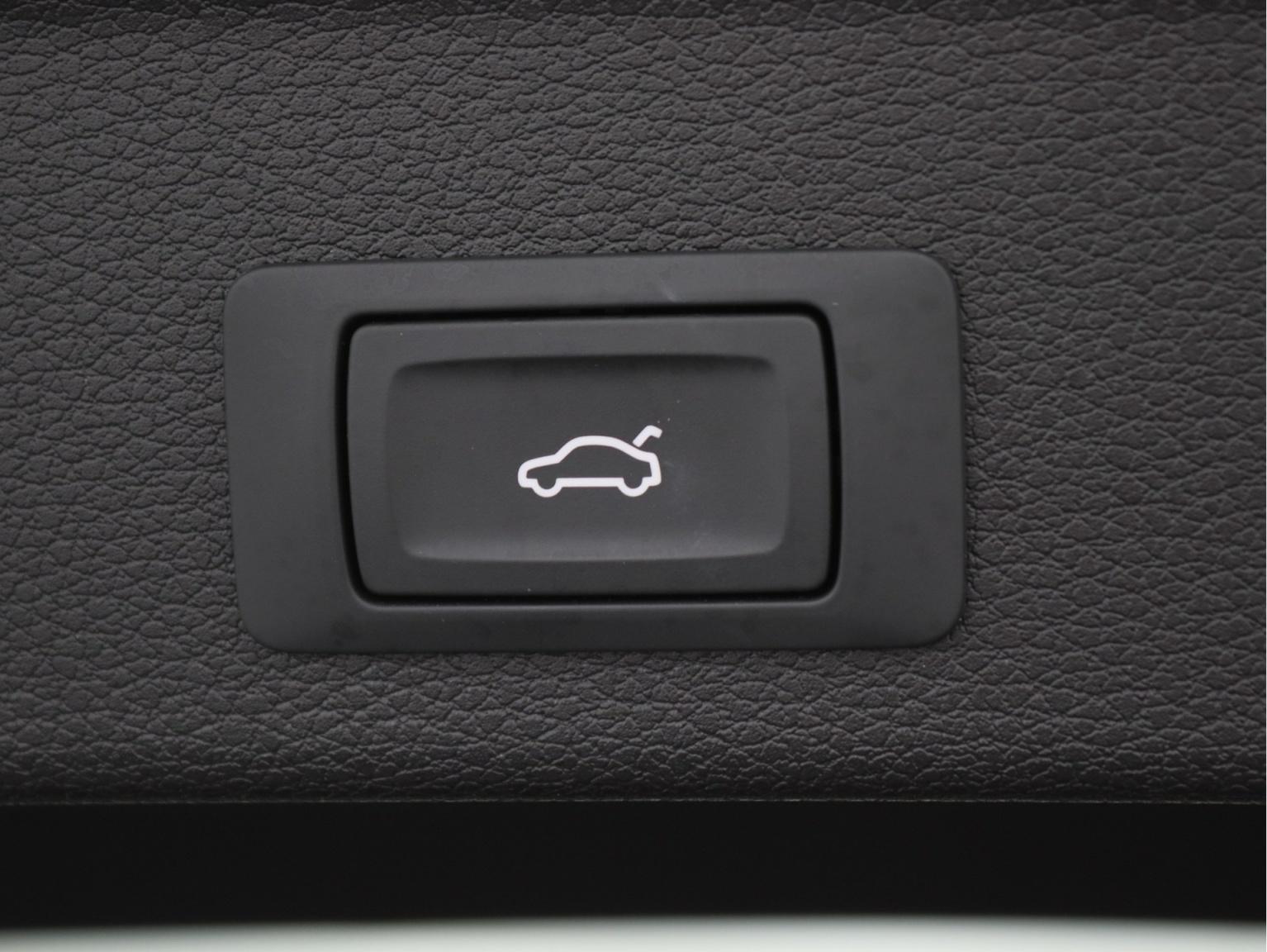 Audi-Q3 Sportback-37