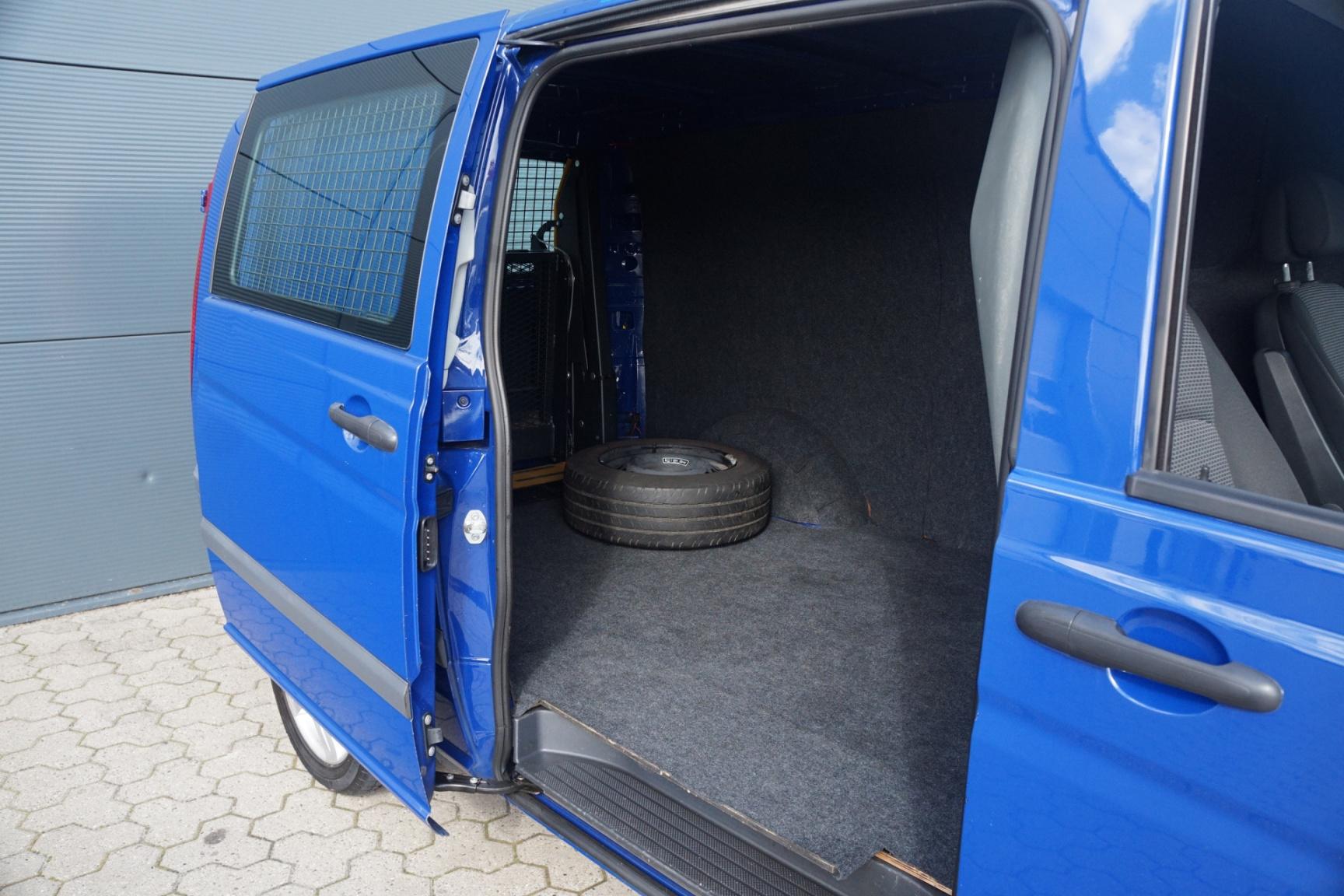 Mercedes-Benz-Vito-5